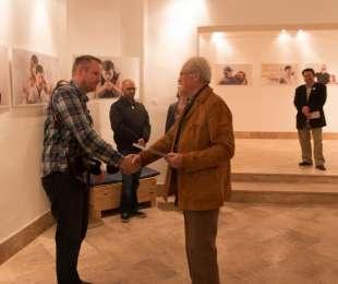 Fényjátszók fotókiállítás Egerben a Special Arts galériában